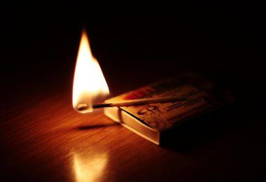 Due scatole di fiammiferi di Kossi Komla-Ebri - connessioni letterarie